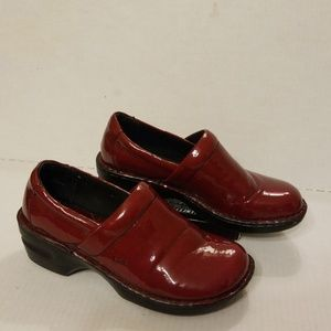B.O.C Born Concept Clogs women's shoes size 8